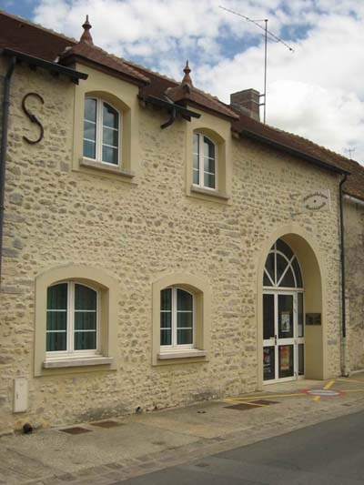 Morigny champigny la biblioth que for Garage morigny champigny